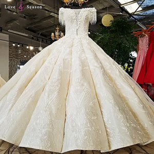 LS21401 2018 new wholesale real show off white champagne heavy satin fabric beading tassel short sleeves big skirt wedding dress