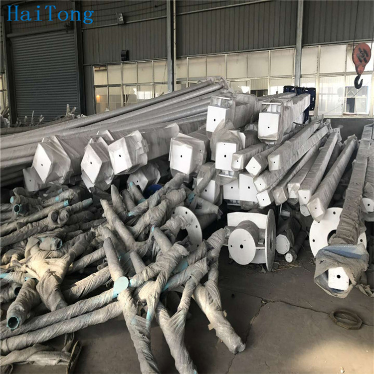 Good hot dip galvanized steel pole lighting columns high quality traffic signs and pole