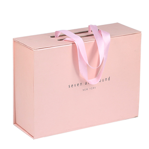Wholesale new fancy printing customized folding rigid magnetic pink paper packaging box for shoe gift