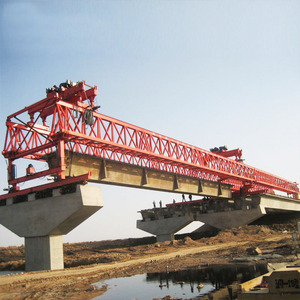 Factory directly sale 200t tube beam launcher road construction crane