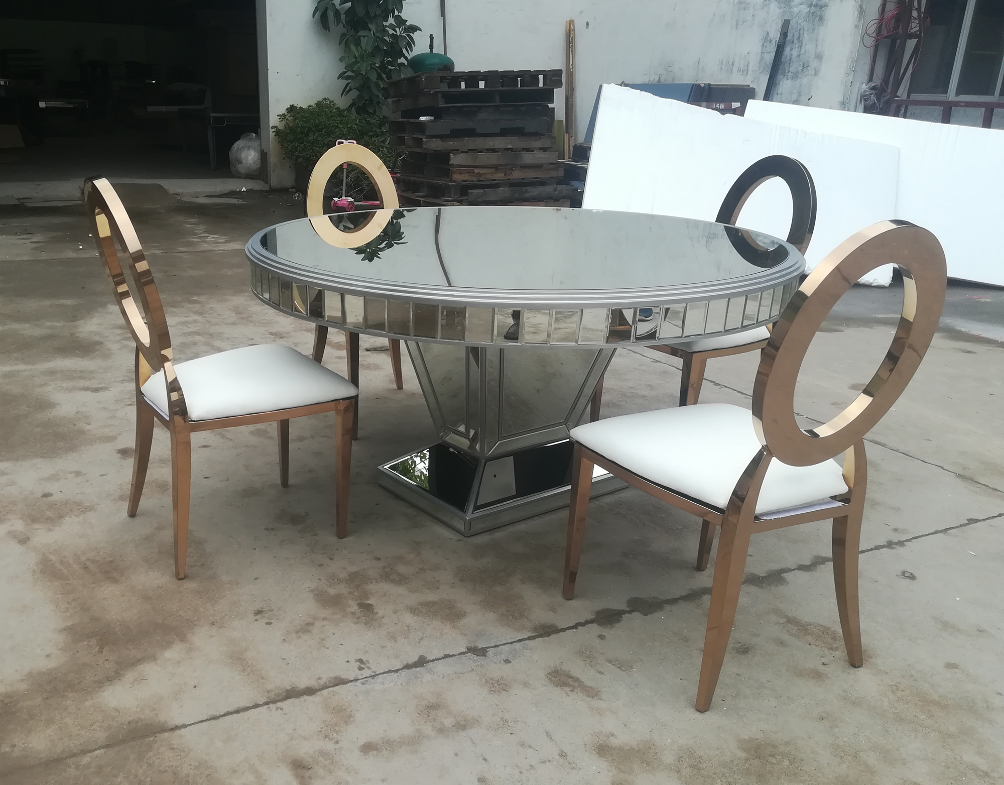 Silver Mirrored Round Dining Cake Table