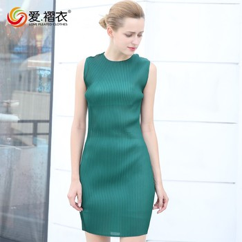 New ladies western dress green color summer sleeveless pleated dress