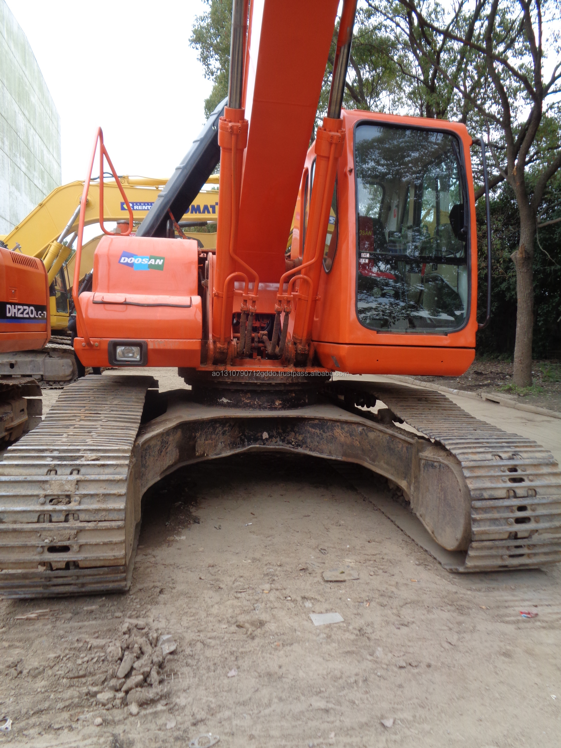 Used Doosan 220-7 Tracked Excavator For Sale/Used Doosan 220-7 Excavator in Good Condition