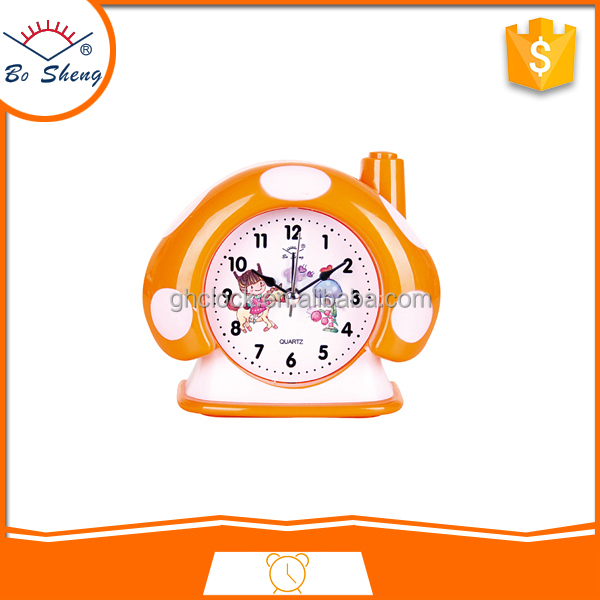 2017Bosheng: (GH901) Mushroom house band music clock lovely alarm desk clock