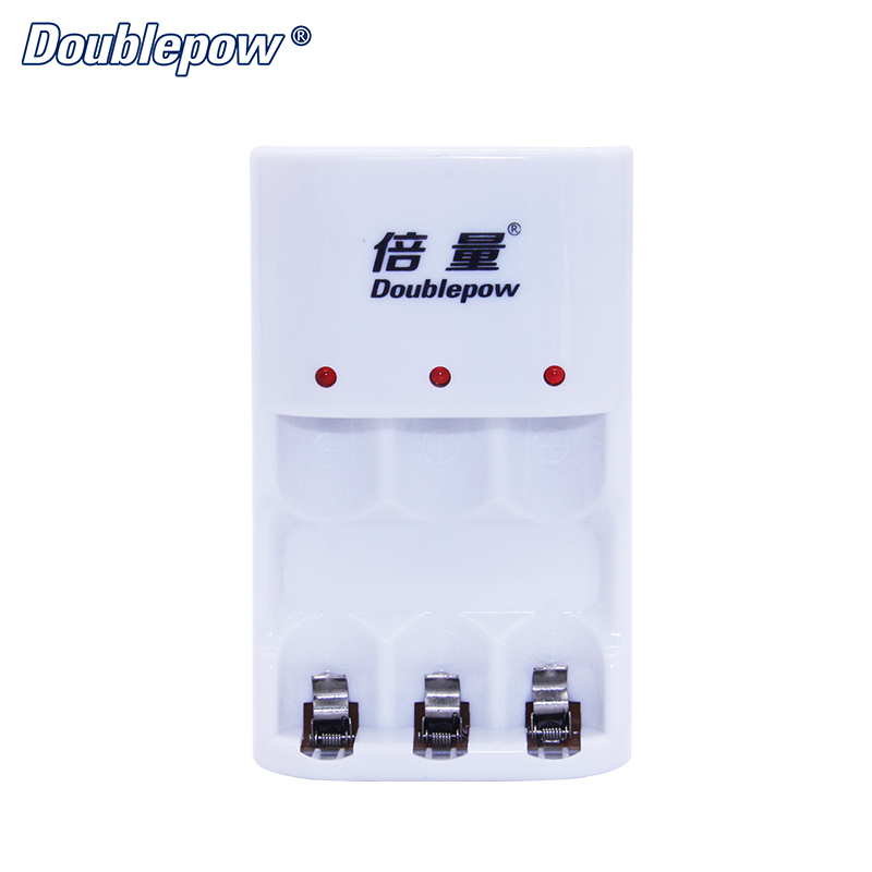 China Supplier 3 Slots B33 LED Intelligent Rapid Battery Charger for 1.2V AA/AAA Ni-MH/Ni-CD Rechargeable Battery