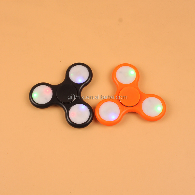 BSCI Factory supply fidget spinner with switch colorful finger gyro luminous led hand spinner