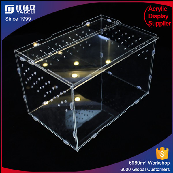 2017 hot selling custom wholesale acrylic plexiglass reptile feeding display cases