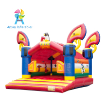 New design Saloon inflatable bouncy castle /jumping castle for children