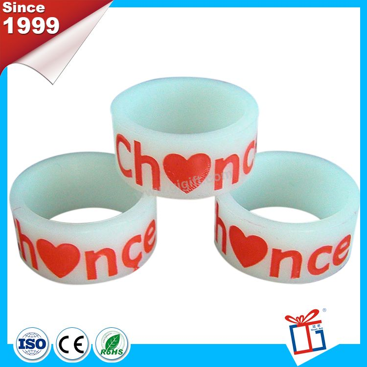 New creative customized silicone finger ring supplier