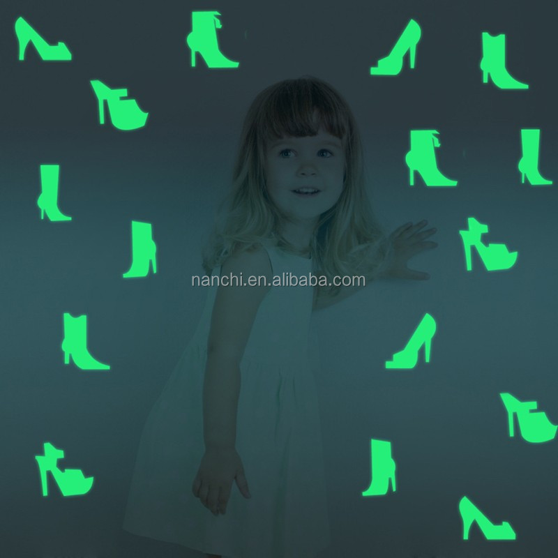 DIY Glow In The Dark Heels Decor Wall Sticker PVC Home Decoration Wall Paper For BedRoom Living Room Wall Decor