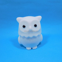 Small Size New Design Vynil Owl Anime Figure Led Light Toys