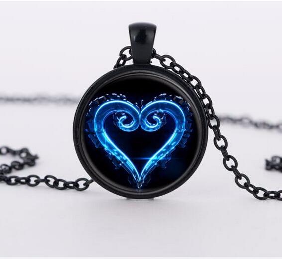 Kingdom Hearts Charm Bracelet: Kingdom Hearts Emblem Symbol Glass Pendant Necklace 2015