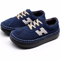 China Women Cheap Bulk Leather Sneakers Shoes