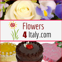 Send your special wishes to your loved ones on Christmas with flowers