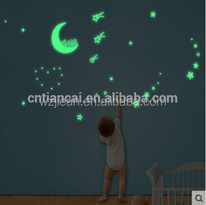 glow in the dark plastic ceiling wall stars night glow wall sticker