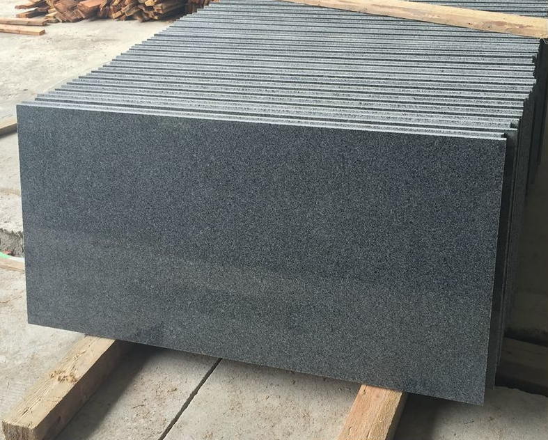 China factory cheap granite slabs for sale/unpolished granite slabs/raw granite slabs