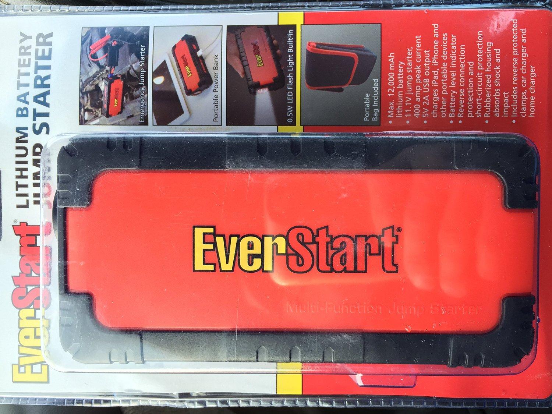 Everstart Lithium Battery Jump Starter Max 12,000 mAh Multi-Function Smart Portable Car Jump Starter Powerbank for Smartphones & Digital Devices
