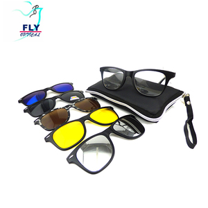76c43ab451 Checked Sunglasses