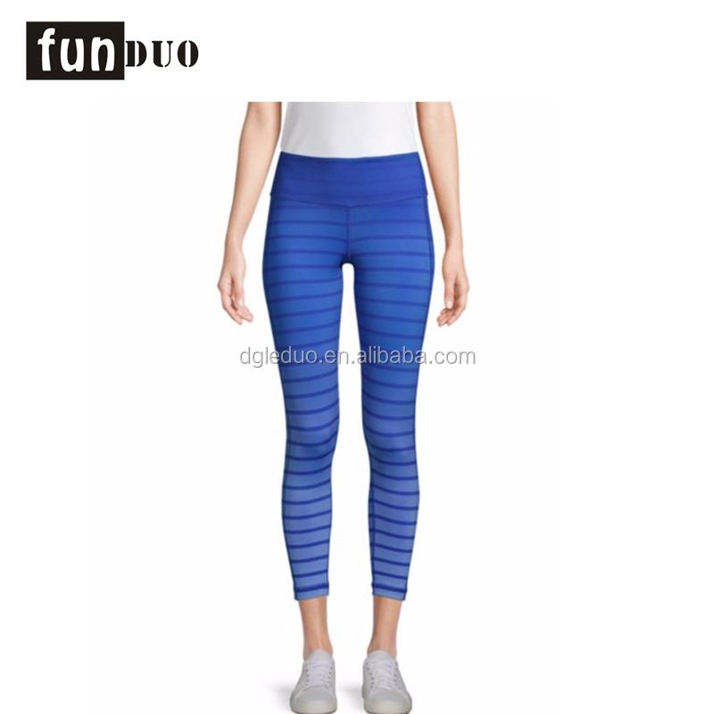 Su misura commercio all'ingrosso di alta qualità delle donne di yoga top e pantaloni set di sport delle signore di usura