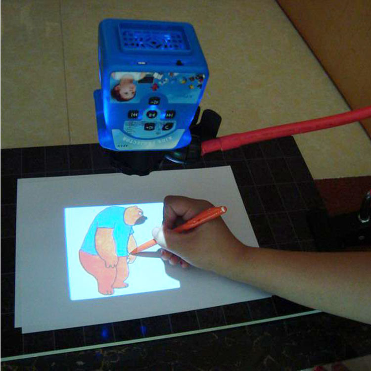 2017 New design kids toy and kids projector