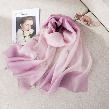 2019 new silk scarves fashion printed ladies silk scarves Woollen scarf thin