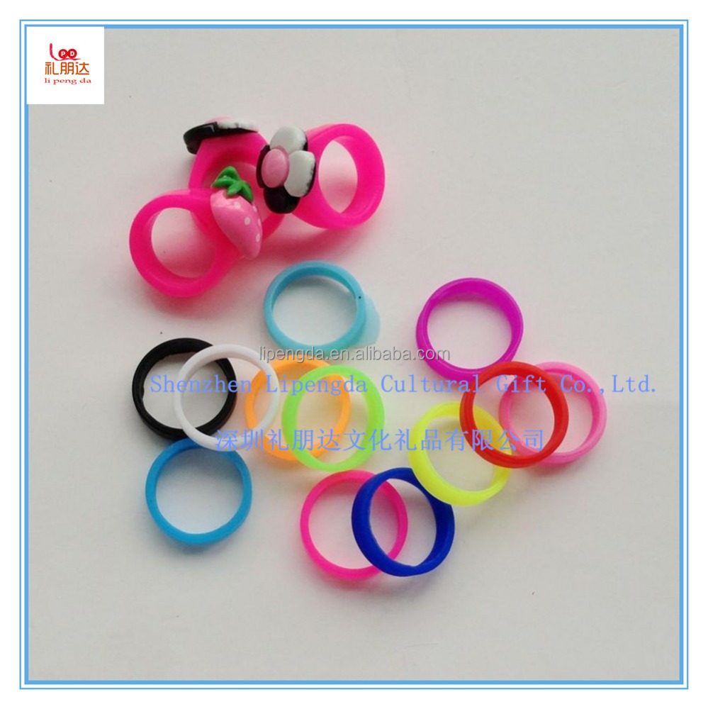 Silicone o ring for children, lovely and cute silicone finger ring, a gift for children in Christmas Day