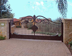 china beautiful iron gate and fence electric iron fence and galvanized steel gate for garden