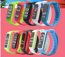CE waterproof 3d pedometer vibrating stop watch black stretch band watch