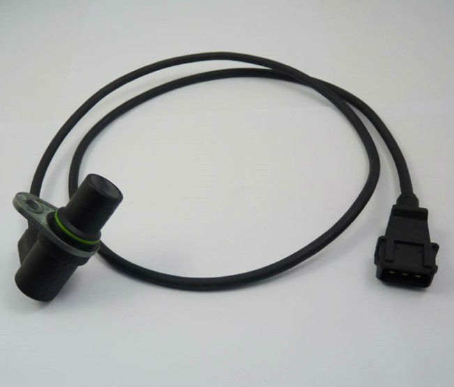 Crankshaft Position Sensor Fit For VW Passa037906433A