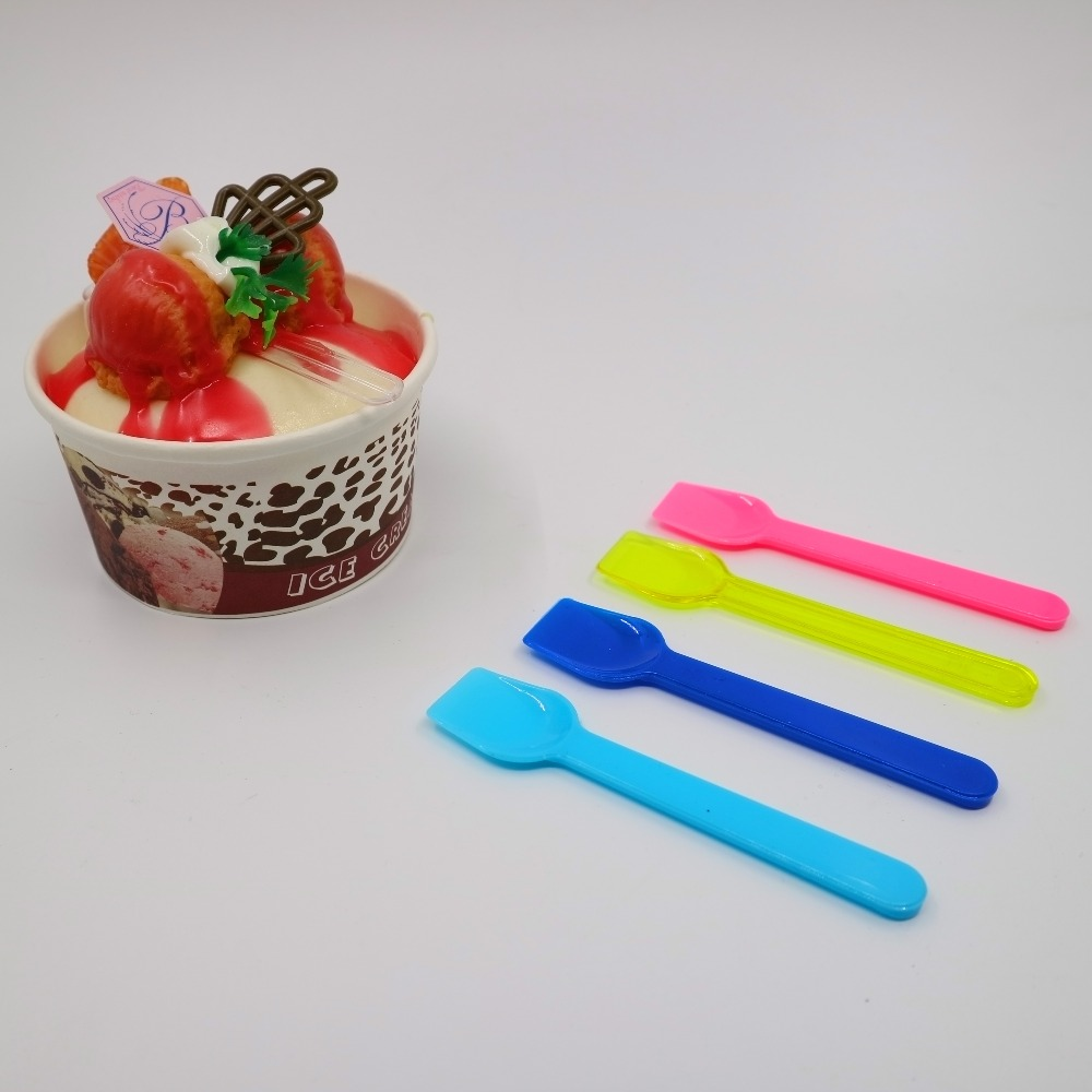 With SGS certification colorful disposable PS material food grade mini frozen yogurt plastic taster ice cream shovel spoon