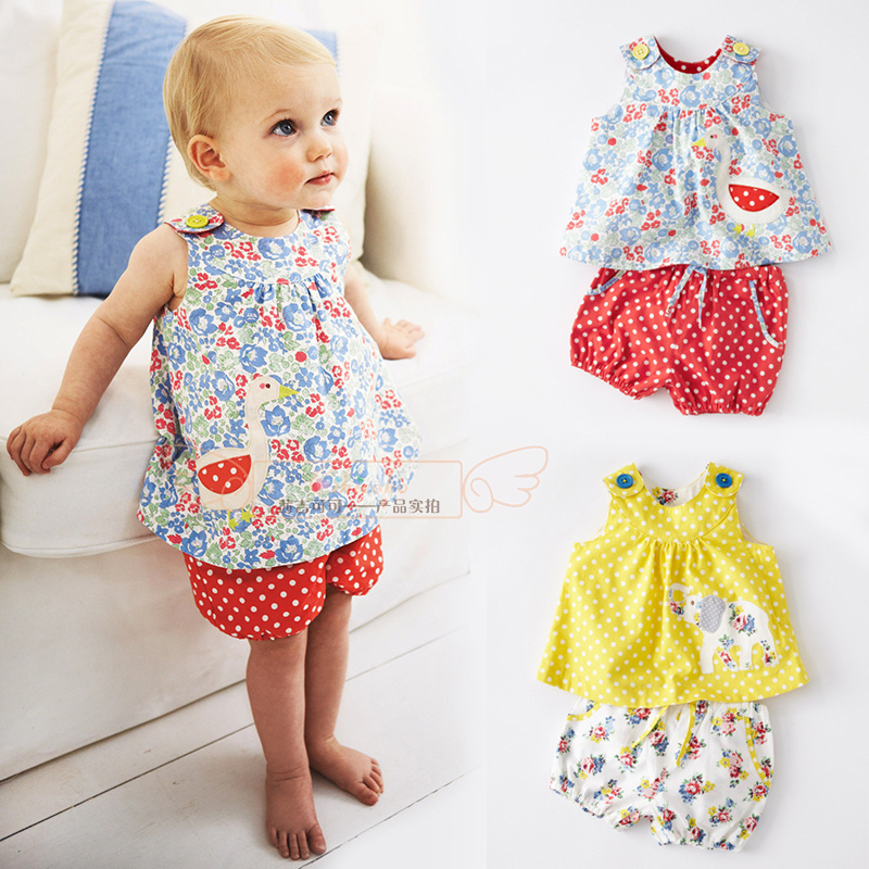 Our dresses and skirts for your baby girl come in peppy patterns and charming details, all made from gentle cotton and designed for active, fun-filled days.