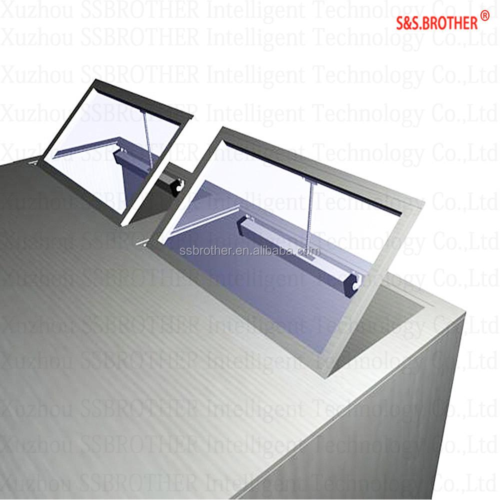 Botola sul tetto lucernario finestra attuatori elettrici di automazione apertura elettrica - Finestra sul tetto ...