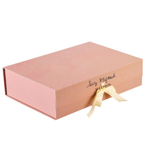 2017 hot sale custom ribbon close magnetic box luxury paper gift box