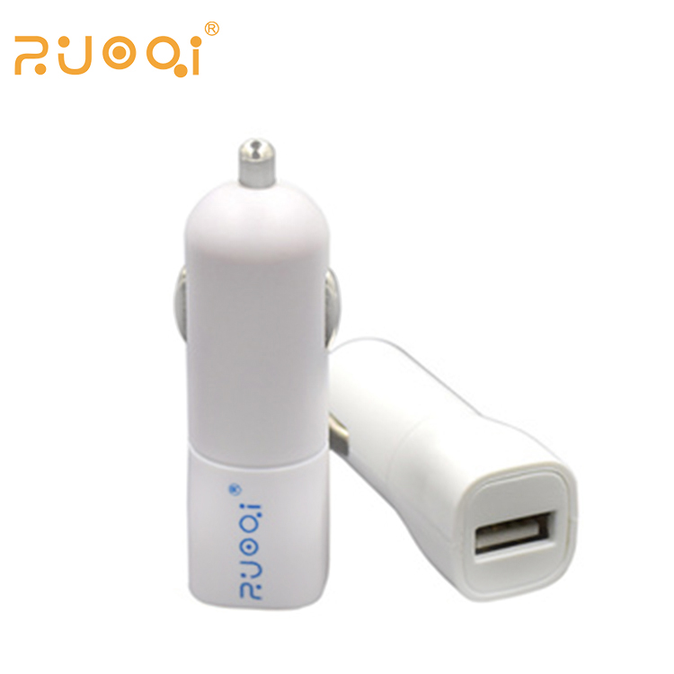 Long use life PC material single USB smart IC control current 2A universal car charger for mobile phone