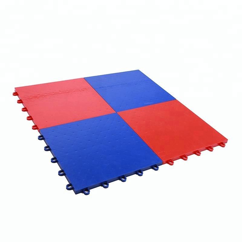 Hoge kwaliteit outdoor sport grijpende plastic PP UV basketbal draagbare badminton hof mat