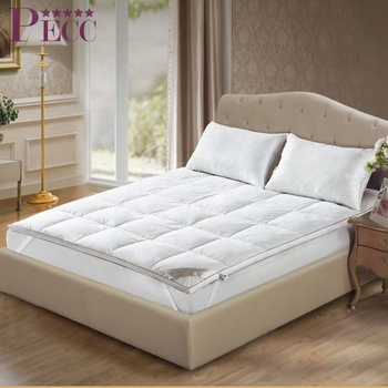 China Luxurious Cheap High Quality Sleep Well Mattress Topper Pad