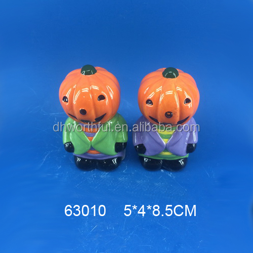 2017 Ceramic Halloween salt&pepper shaker set ,high quality ceramic salt&pepper shaker holders with Halloween decoration