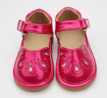 Cute Baby Sandals Shoes Walking Squeaky Shoes Red With Petals - Buy ... 07ca42f0e127