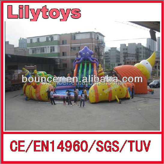 Hot sale moving huge outdoor inflatable water part toys with slide and pool for rental