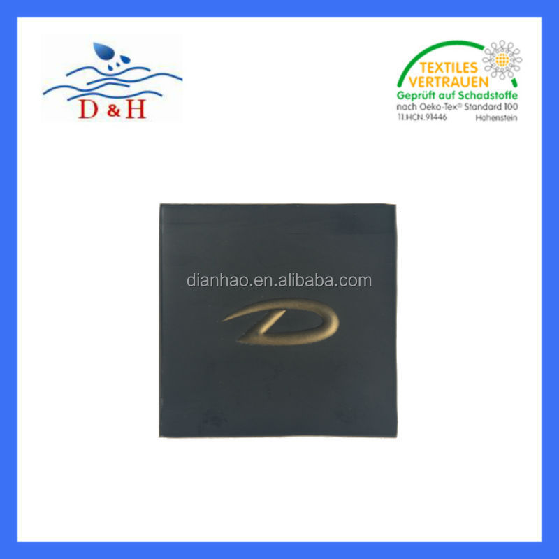 Competitive high quality garment label Under Customize garment pvc /silicone/TPU/Leather /Reflective label/patch/tag/badge