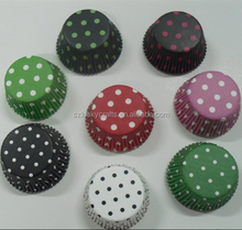 Stock Colorful Red,White,Black,Brown,Pink,Green,Blue Pokla dot paper cupcake liner muffin baking cup mould cake case for wedding