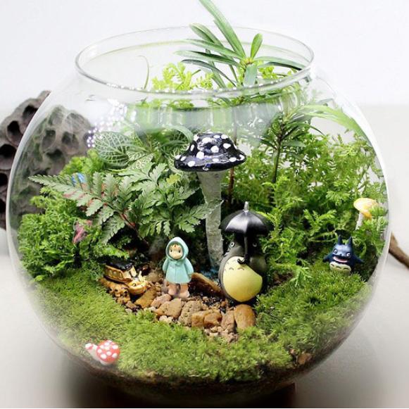 Vase en verre avec couvercle bureau d coration vases en for Decoration vase en verre
