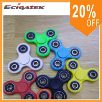 Stocks Hand Spinner Triangle Tri Fidget Acrylic Plastic Ball Desk Focus Toy EDC For Kids Adults Finger Spinning Top