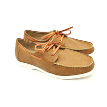 New arrival lace-업 driving shoes 컴포트 모방 가죽 모카신 boat shoes men casual shoes