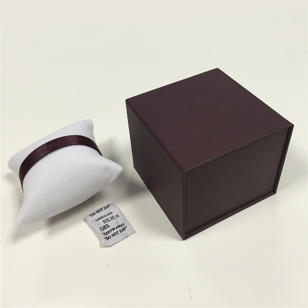 ZT brand customized paper Jewelry gift box with pillow for bracelet