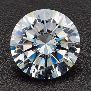 Top quality machine cut white round loose moissanite