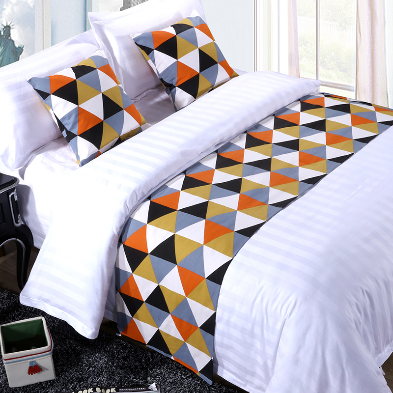 High quality five stars modern hotel square bed scarf queen bed runner for hotel