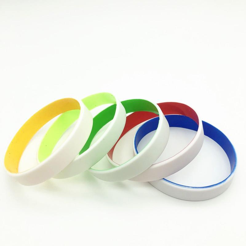Nuovi braccialetti di silicone impresso articoli promozionali