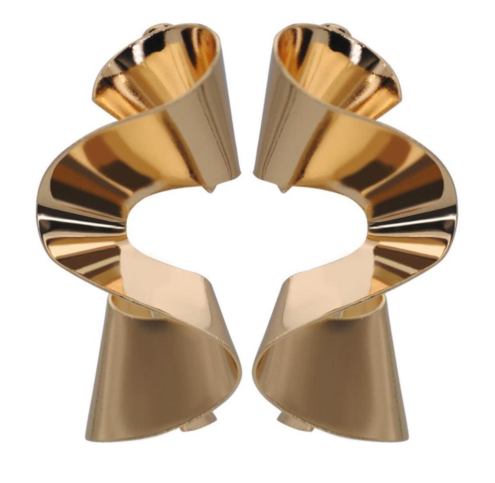 LIVE4U 24 tasarımlar avrupa korkak düzensiz alaşım altın rengi Metal bildirimi küpe kadınlar için genç kız takısı Bijoux 2020