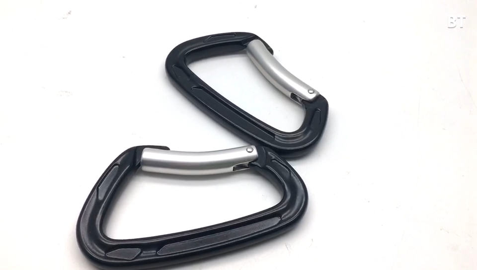 Best Selling Widely Use D Shape Aluminum 7075 Rock Climbing Hooks Carabiner